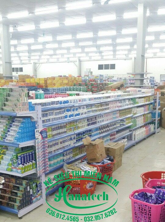 Kệ siêu thị giá rẻ tại TPHCM