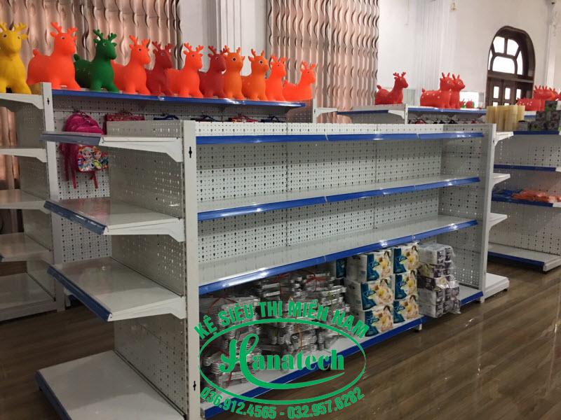 Kệ cửa hàng đồ chơi trẻ em tại TPHCMKệ cửa hàng đồ chơi trẻ em tại TPHCM