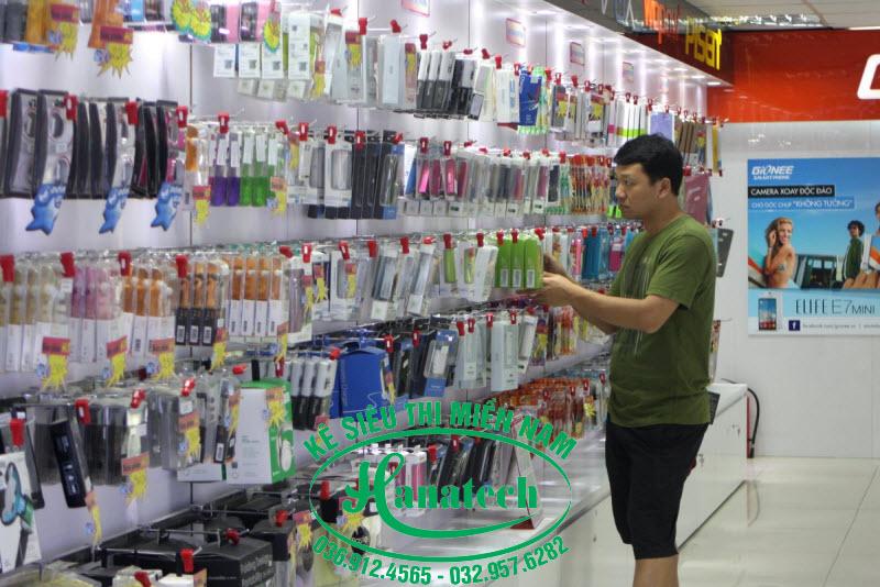 Kệ móc treo phụ kiện điện thoại tại Cần Thơ
