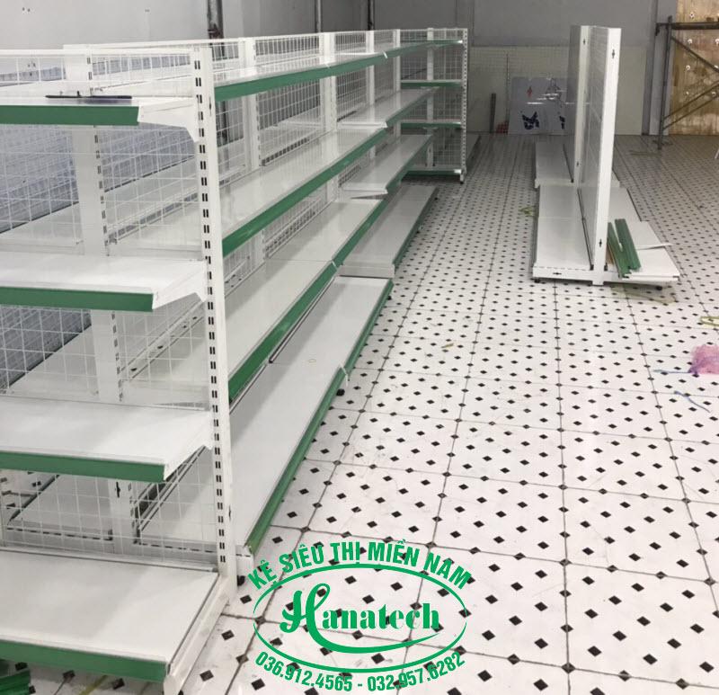 Kệ siêu thị đôi lưng lưới tại TPHCM