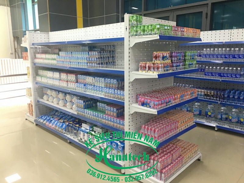 Kệ trưng bày sữa tại TPHCM