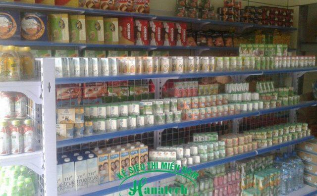 Kệ trưng bày sữa đẹp tại Long An