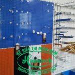 Kệ móc treo cài lưới tại Vũng Tàu