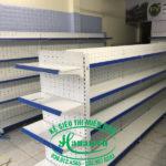 Kệ siêu thị đôi lưng đục lỗ tại Vũng Tàu