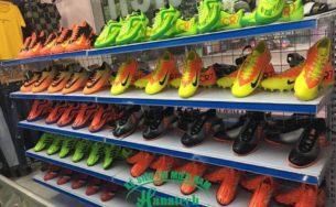 Kệ trưng bày giày dép tại Vũng Tàu