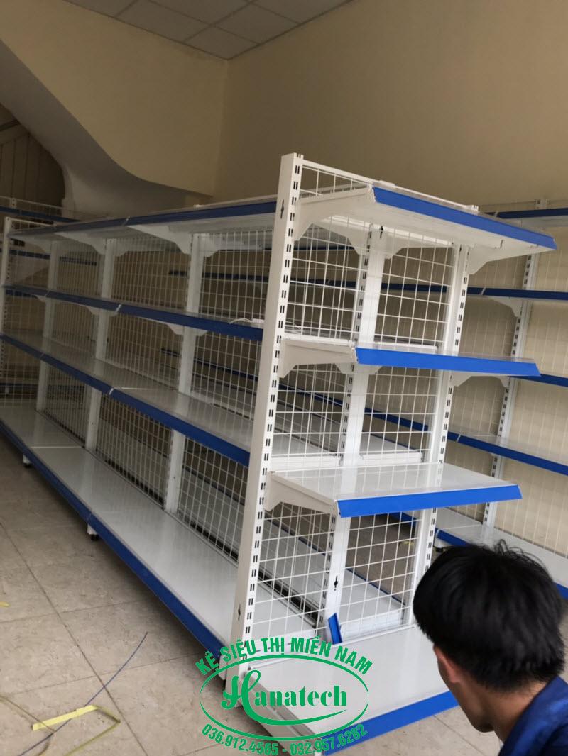 Giá kệ siêu thị tại Bình Dương loại Kệ đầu dãy