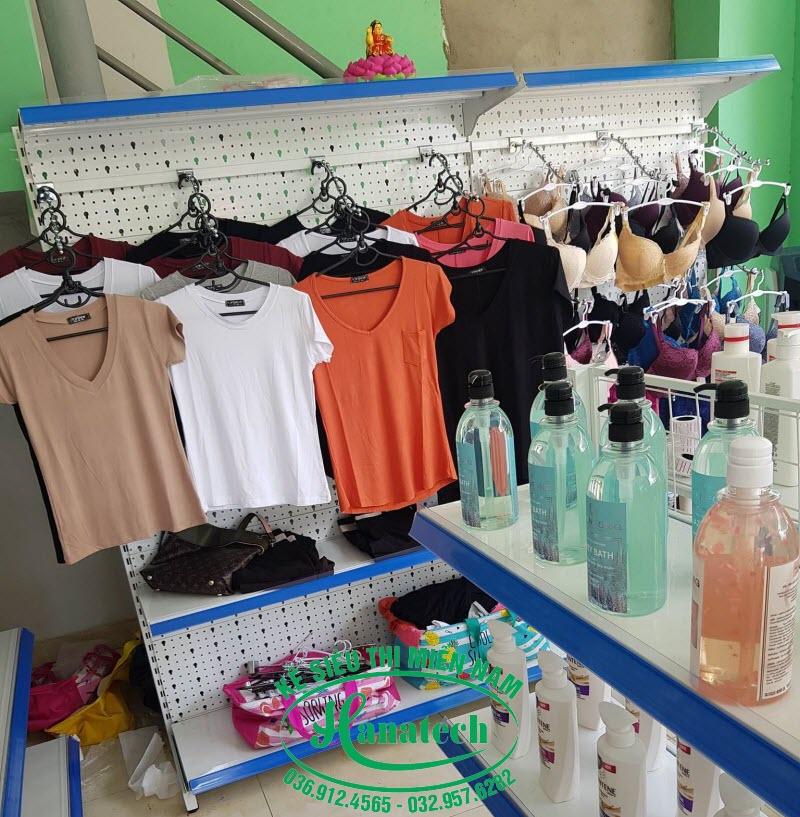 Kệ móc treo quần áo tại Long An
