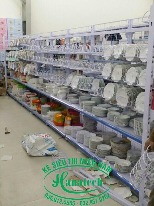Kệ treo thớt siêu thị tại Bình Dương
